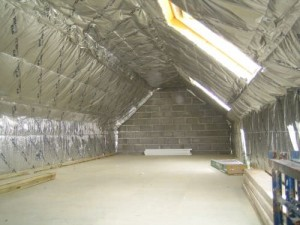 foiled-quilt-insulation-fiixed-on-loft-conversion