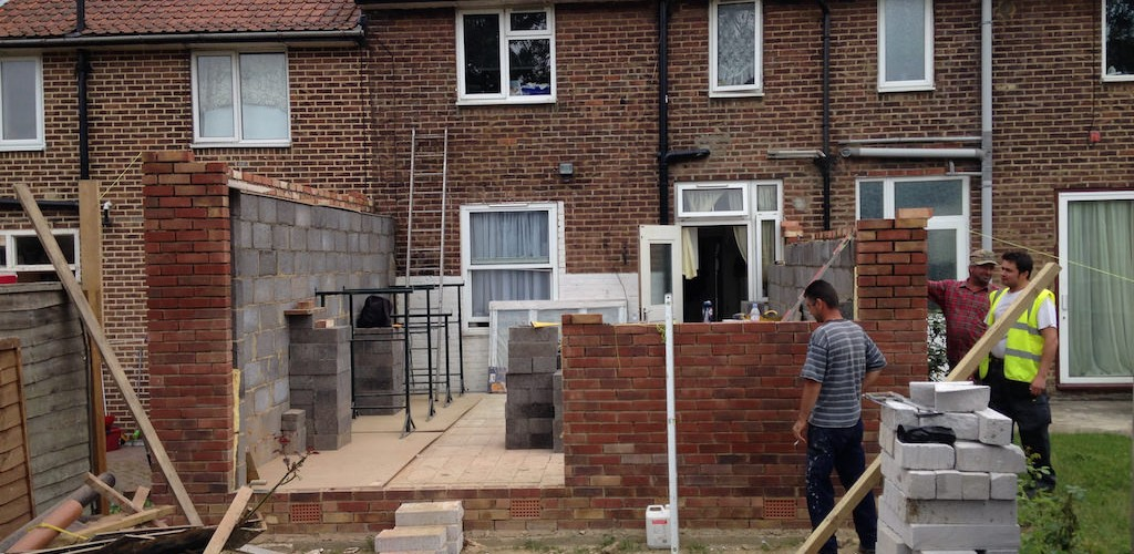 Build of single storey extension in bromley eden renovations for Deep house singles